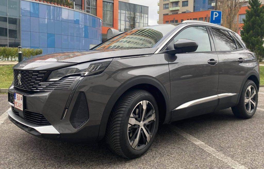 SUV Peugeot 3008 2021
